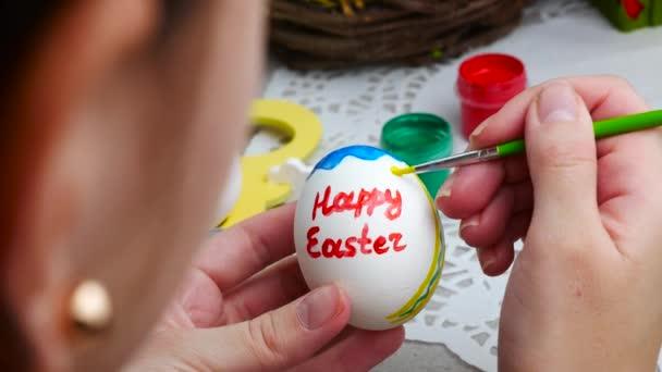 Közelkép a festészet húsvéti tojás