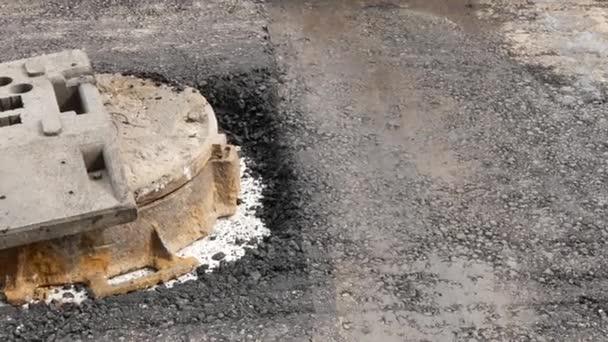 Roller machine press hot asphalt. Perfect for mask transition