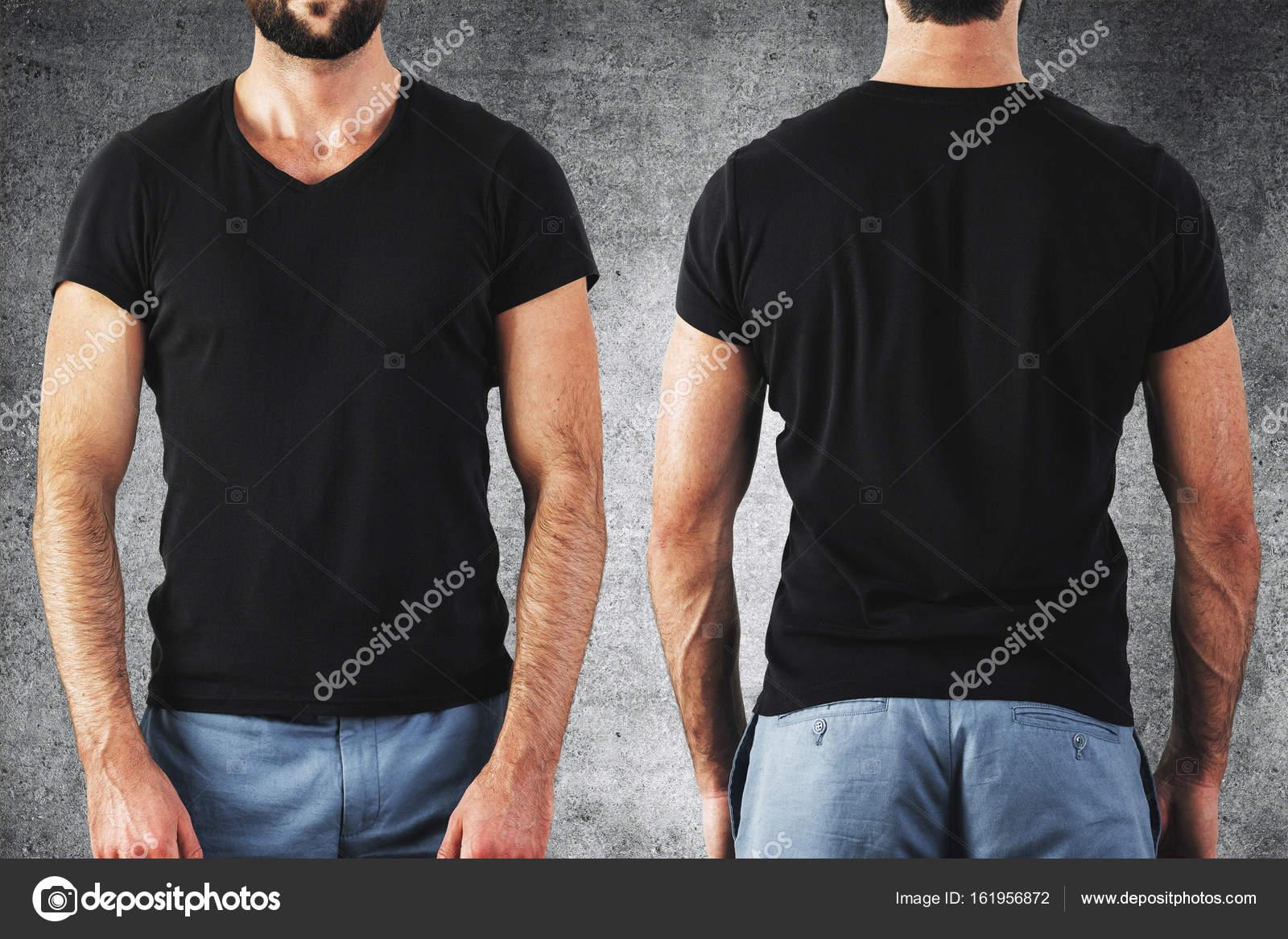 Mann im leeren schwarzes t-shirt — Stockfoto © peshkova #161956872