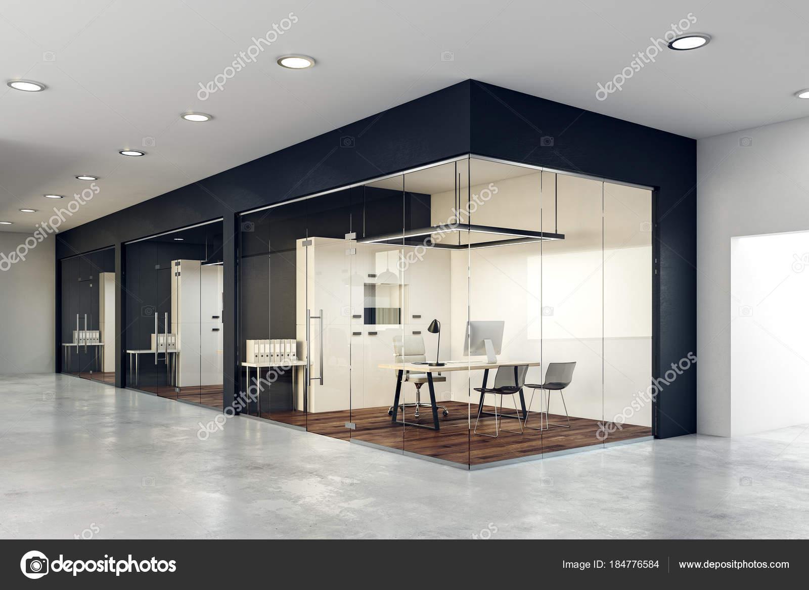 hedendaagse glazen kantoor interieur stockfoto