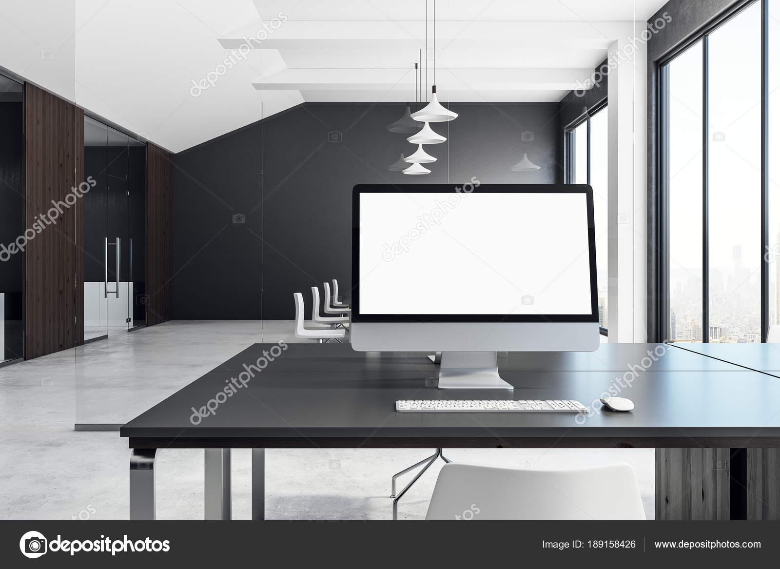 Vide blanc ordinateur de bureau contemporain u2014 photographie peshkova