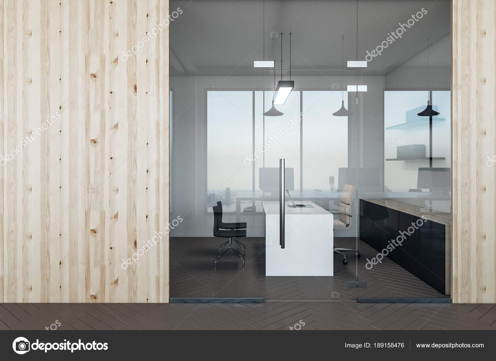 Ufficio Moderno Foto : Ufficio moderno con parete vuota u foto stock peshkova