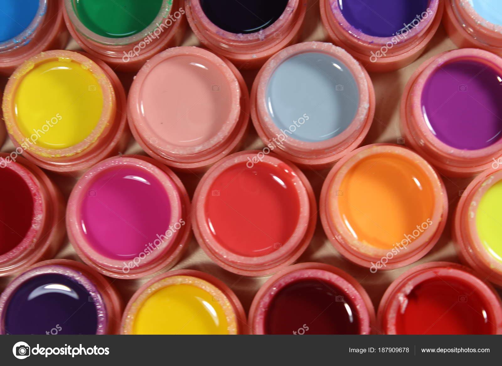 Kleur Veel Kleur : Felle kleuren voor nagels veel kleuren u stockfoto smirmaxstock