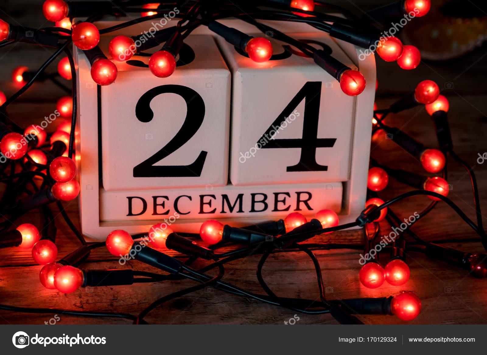 Rossi Sul Calendario.24 Dicembre Vigilia Di Natale Data Sul Calendario Foto
