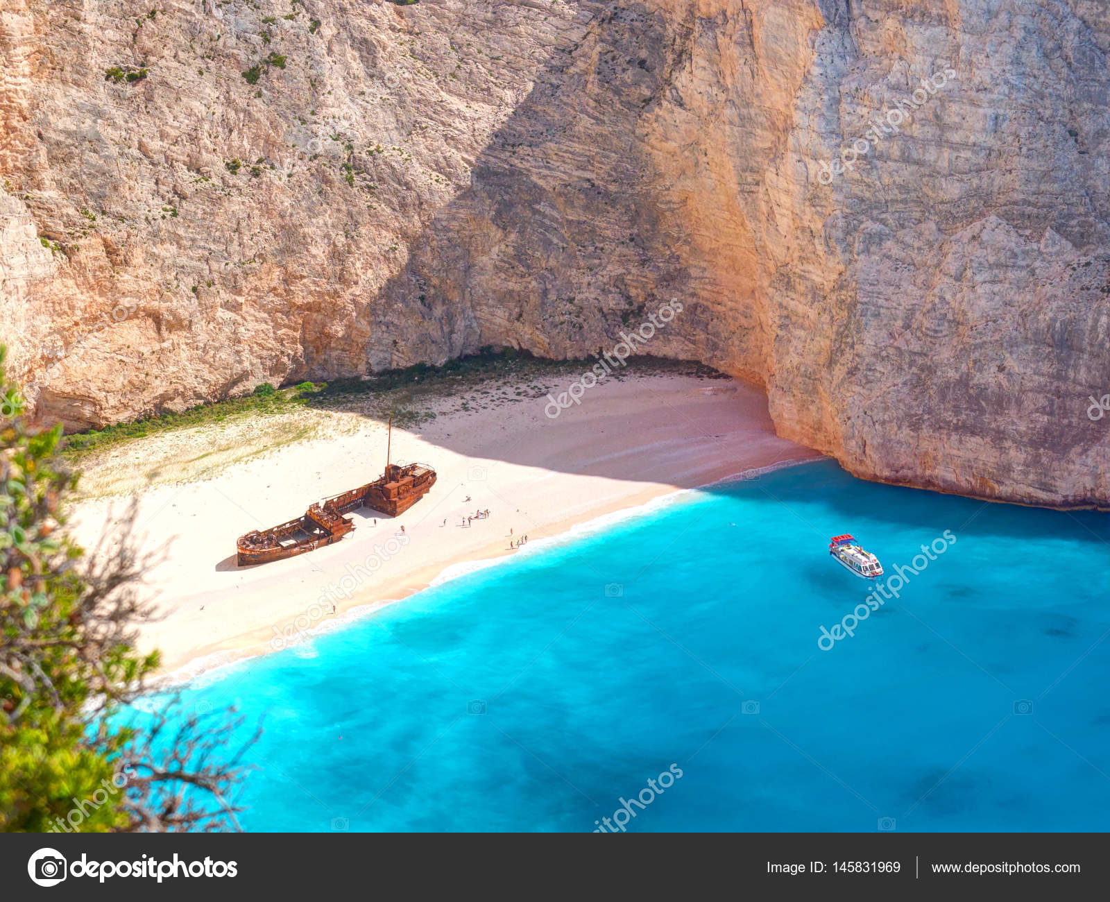 View On Shipwreck Beach In Amazing Bay Boats And Ships With