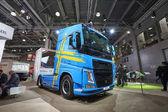 Moskva, září 5, 2017: Pohled na modré podhlavník typ truck Volvo Fh 540 exponátu na komerční dopravní výstavy Comtrans-2017. Komerční společnosti Volvo trucks. Automobilový průmysl poslední achivements. Super auta