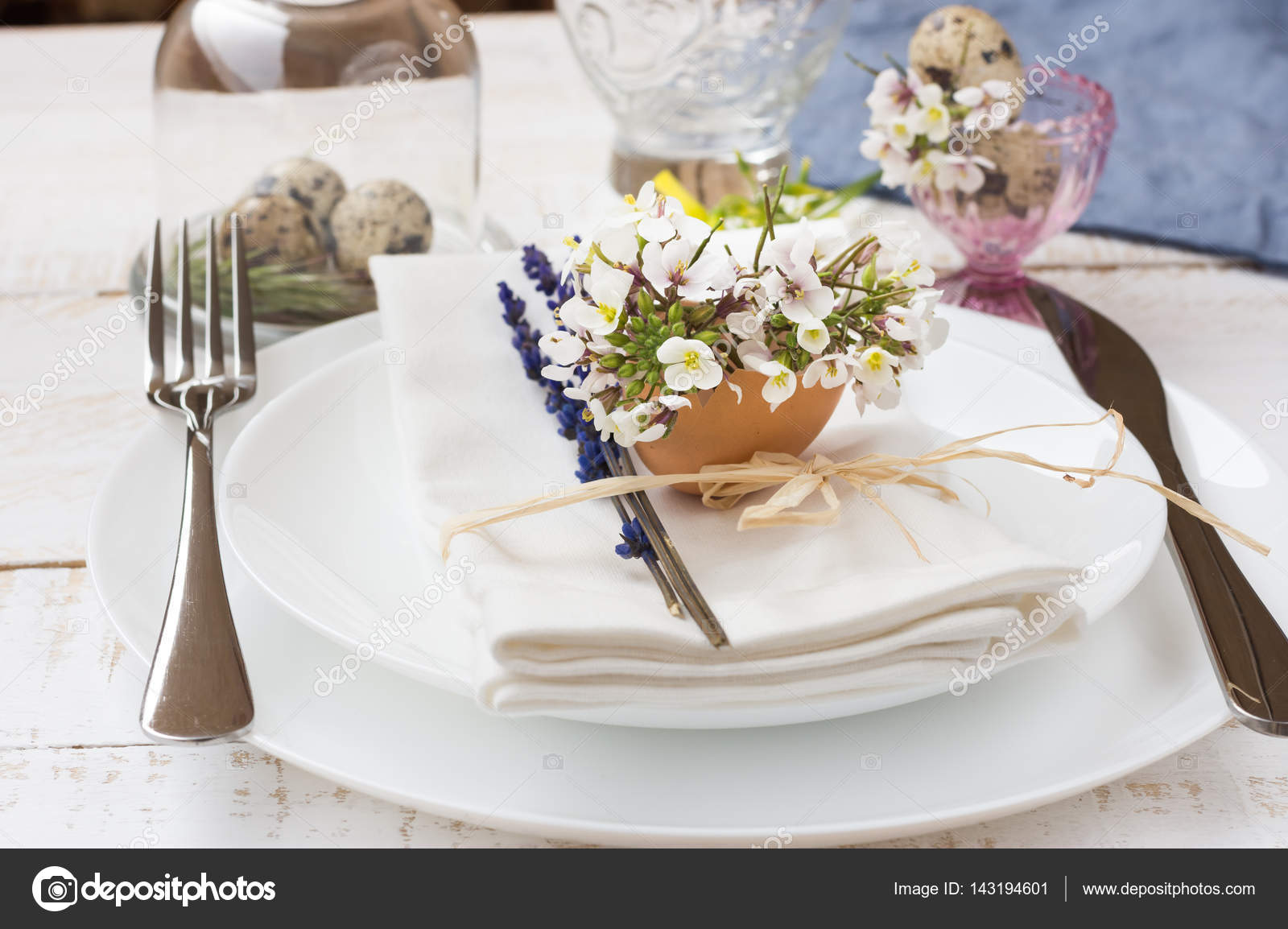 Romantic wedding table setting lavender white plates napkin flowers in eggshell Easter decoration outdoors kinfolk u2014 Photo by olindana & Romantic wedding table setting lavender white plates napkin ...