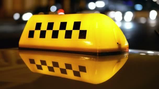 Taxi symbol provoz město
