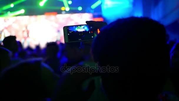 Hudební koncert telefon fotoaparát