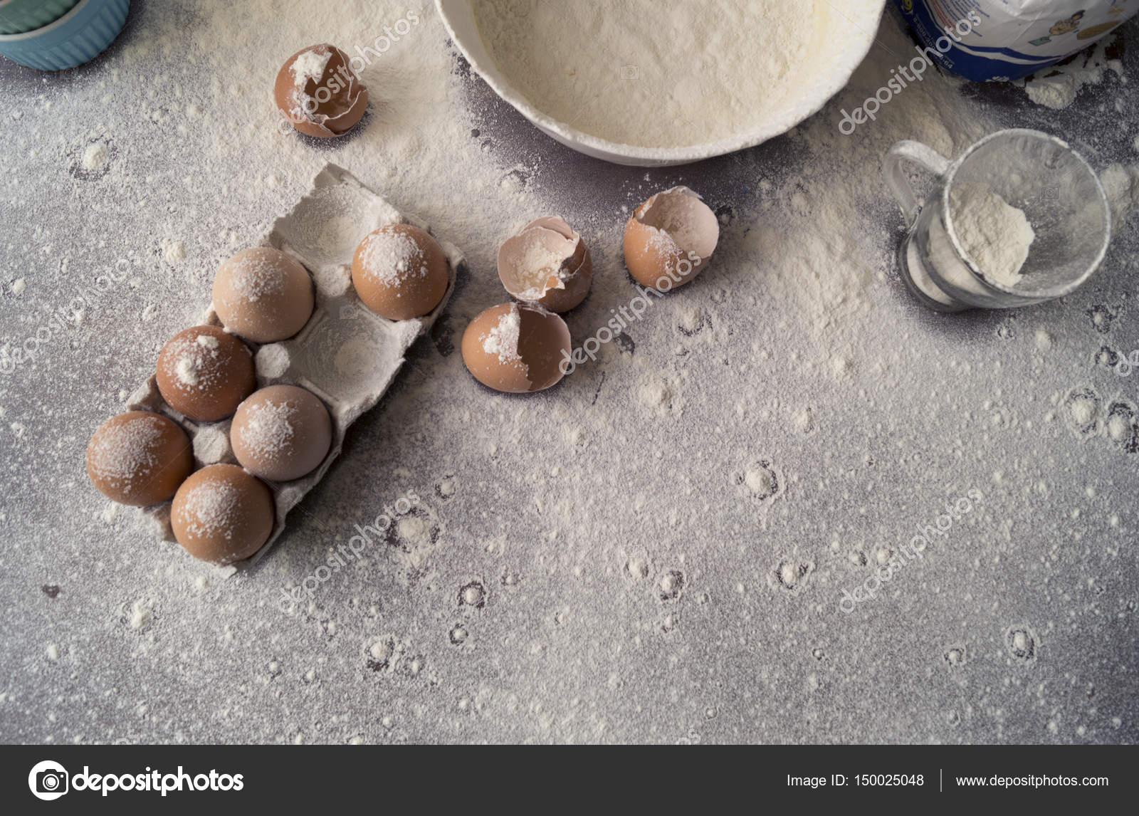 Backen Kuchen Zutaten Schussel Mehl Gebrochenen Eiern Ei Schalen