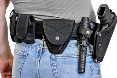 Military tactical belt with semi-automatic buckle for connection
