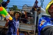 Koh Samui, Thaiföld - 2018. április 13.: Songkran Party - a Thai