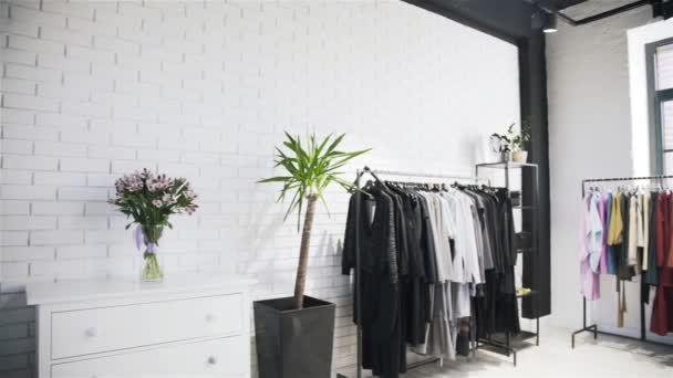 Sklárna Nenačovice interiéru obchod oblečení