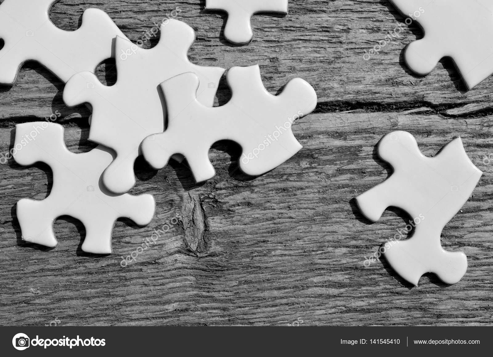 r u00e9sum u00e9 du puzzle noir et blanc  u2014 photographie shutterbug68  u00a9  141545410