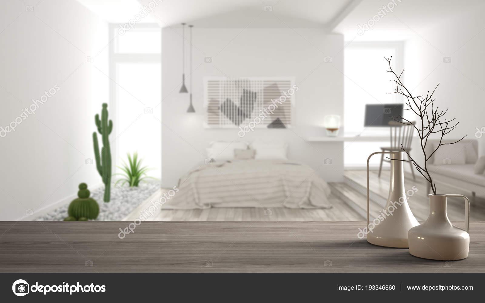 Piano tavolo in legno o la mensola con vasi minimaliste moderni ...