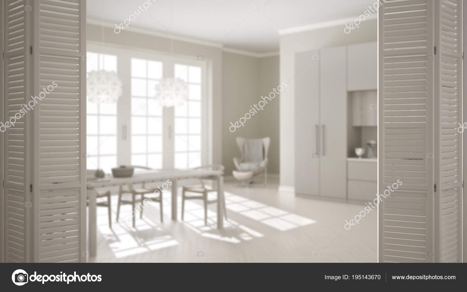 Blanco puerta plegable en la cocina clásica con mesa de comedor y ...