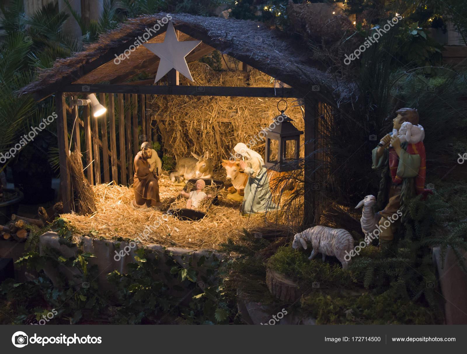 e1e508ab7485e Pesebre Navideño con Joseph Mary y Jesús — Foto de Stock