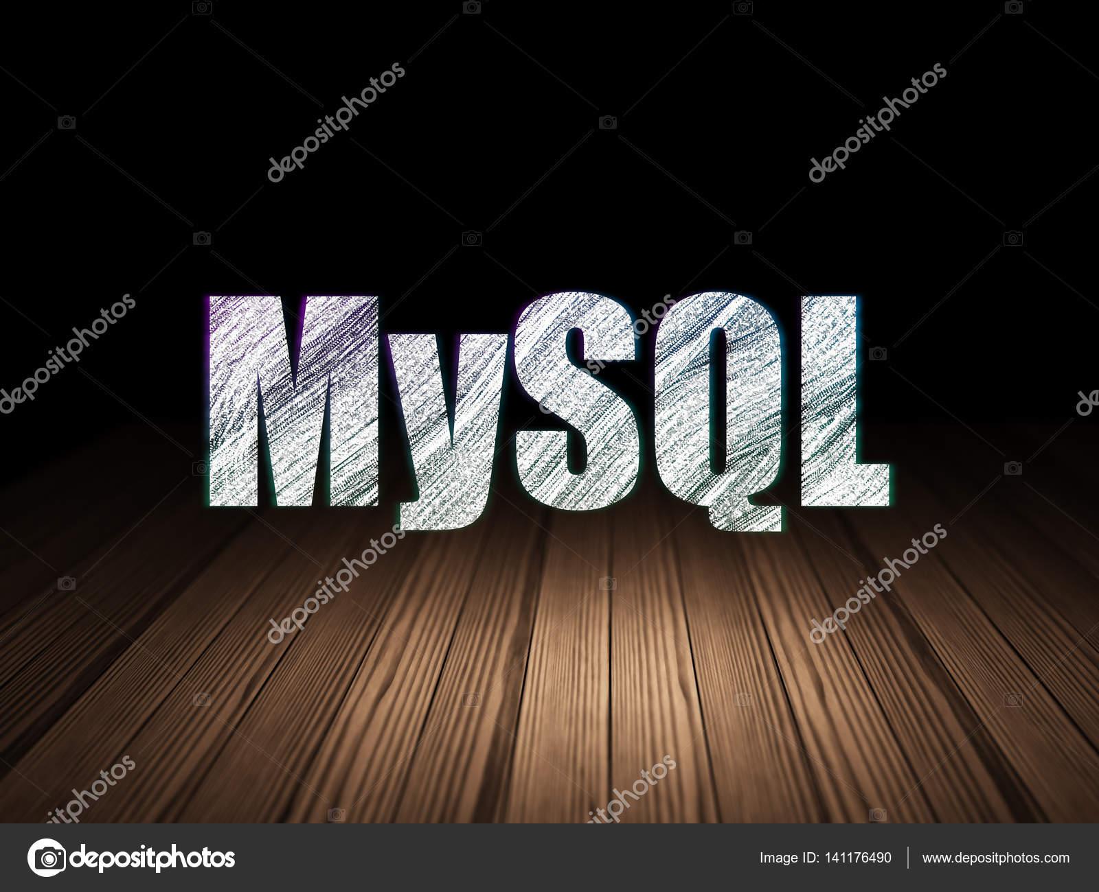 Concepto de programación: Mysql en cuarto oscuro de grunge — Foto de ...