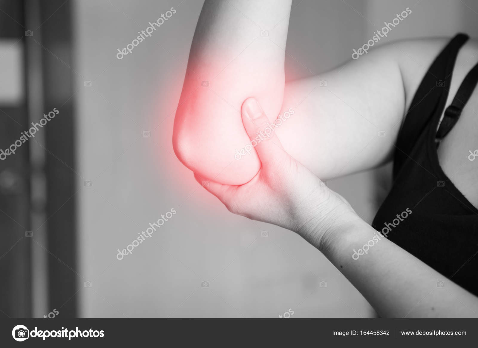 elbow pain working out