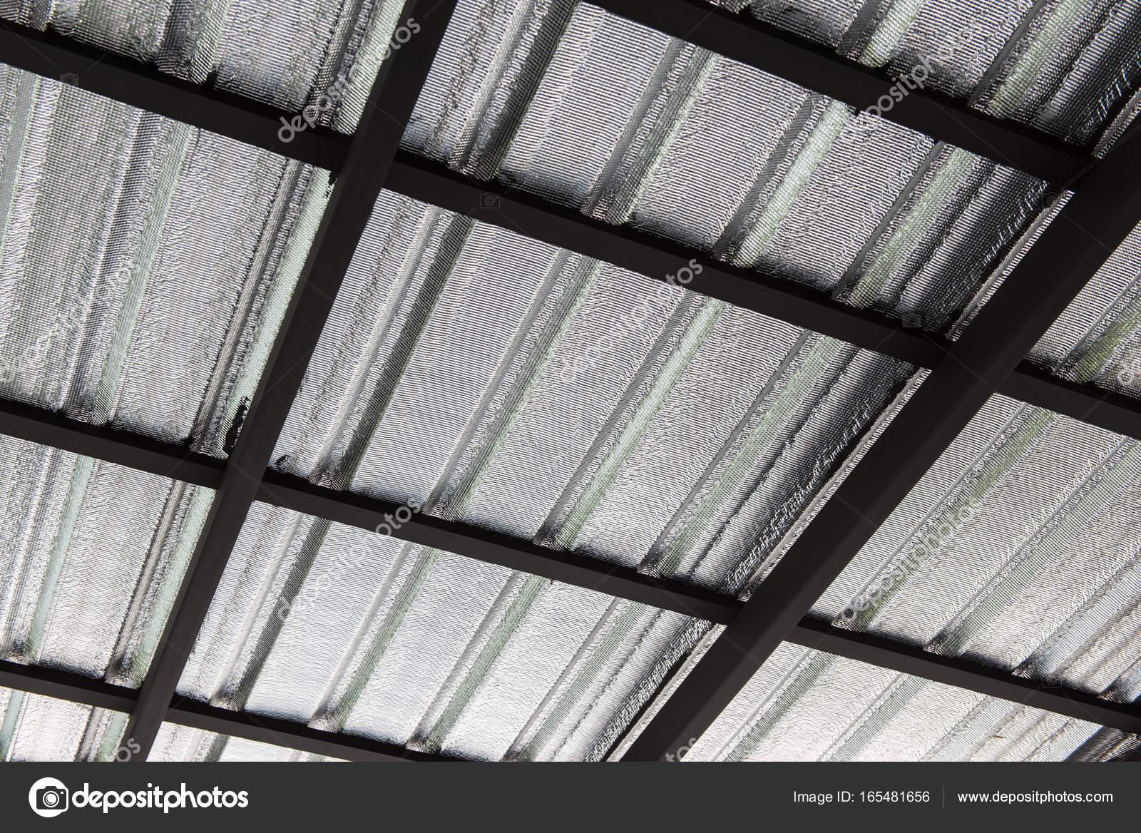 Bekannt Garage, Dach-Konstruktion von Gerüsten und Metall Blatt EN93