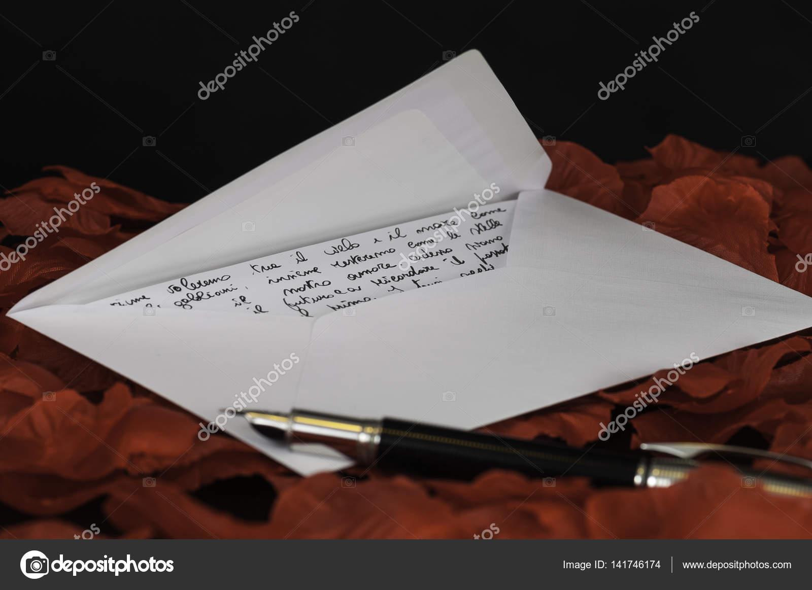 Love Letter Testo Italiano Foto Stock Easyclickshop 141746174