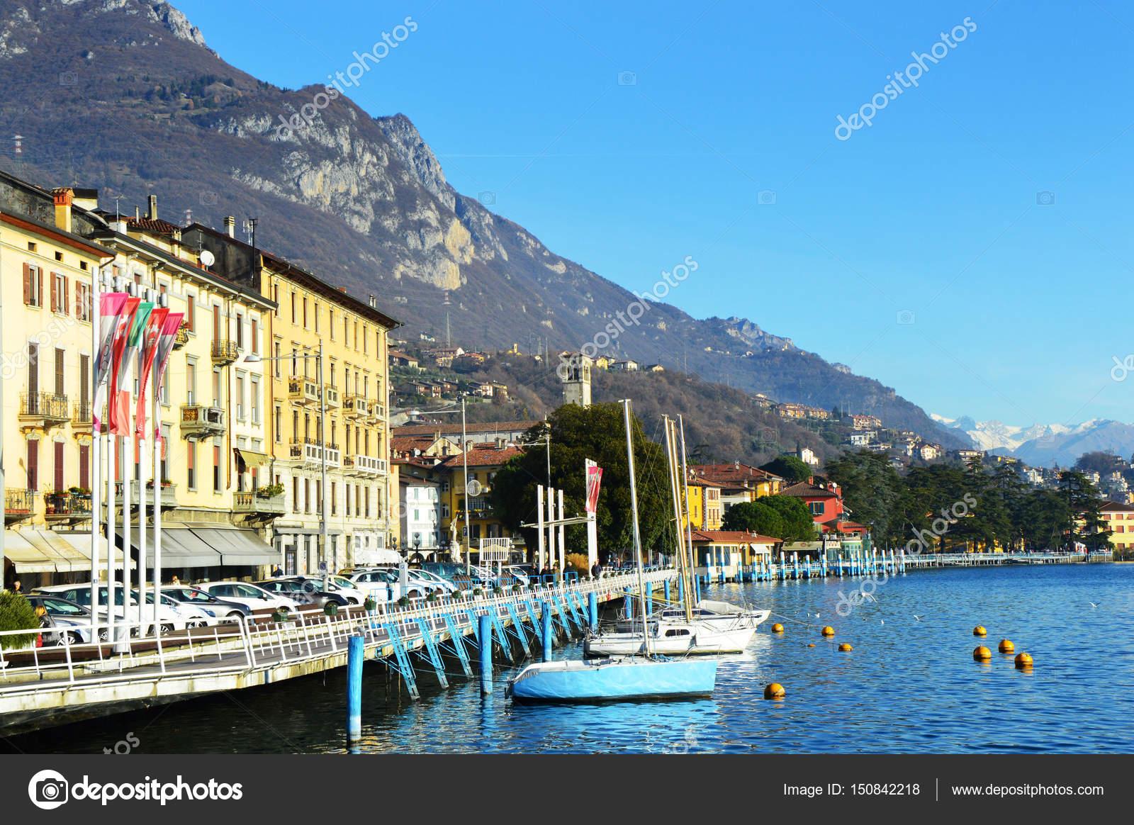 イセオ湖, イタリア ローヴェレ...