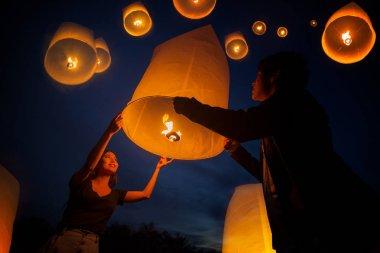 Asian sweet love enjoy yeepeng festival in Chiang mai