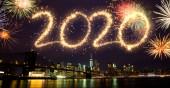 2020 Nový rok ohňostroje nad New Yorkem