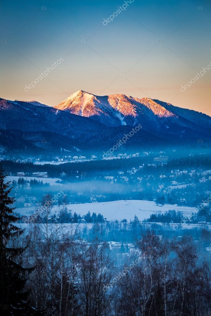"Результат пошуку зображень за запитом закопане гори зима"""