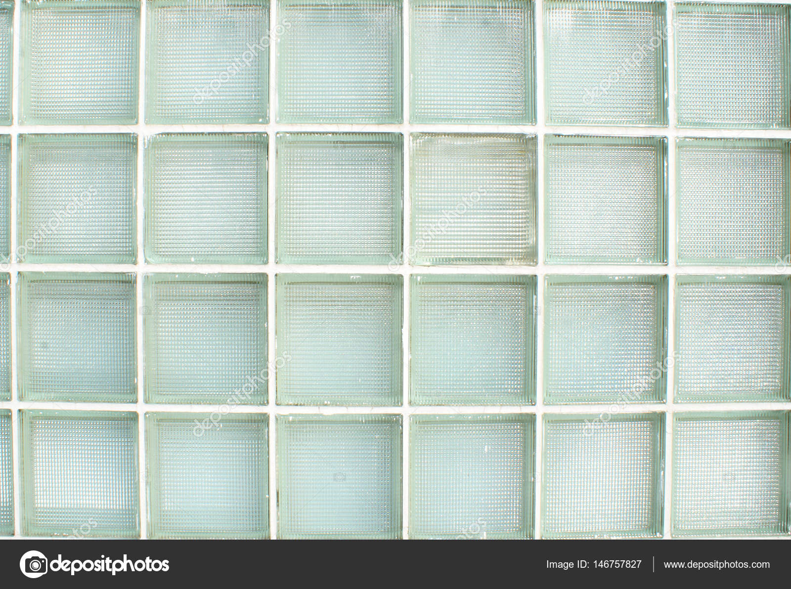 Esterno parete in vetro piastrelle u foto stock alphababy