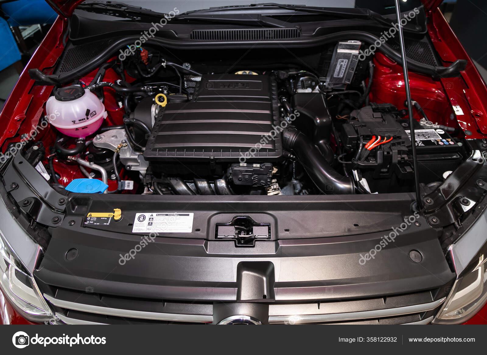 Volkswagen Polo Car Engine Close Internal Combustion Engine Car Parts Stock Editorial Photo C Everyonensk 358122932