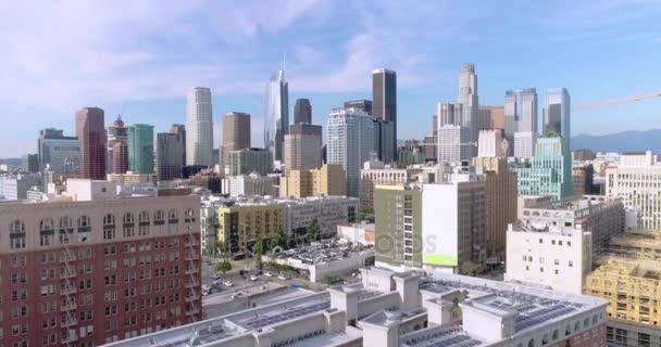 Letecký přesun nahoru o založení města. Panorama z Los Angeles. Jasný den