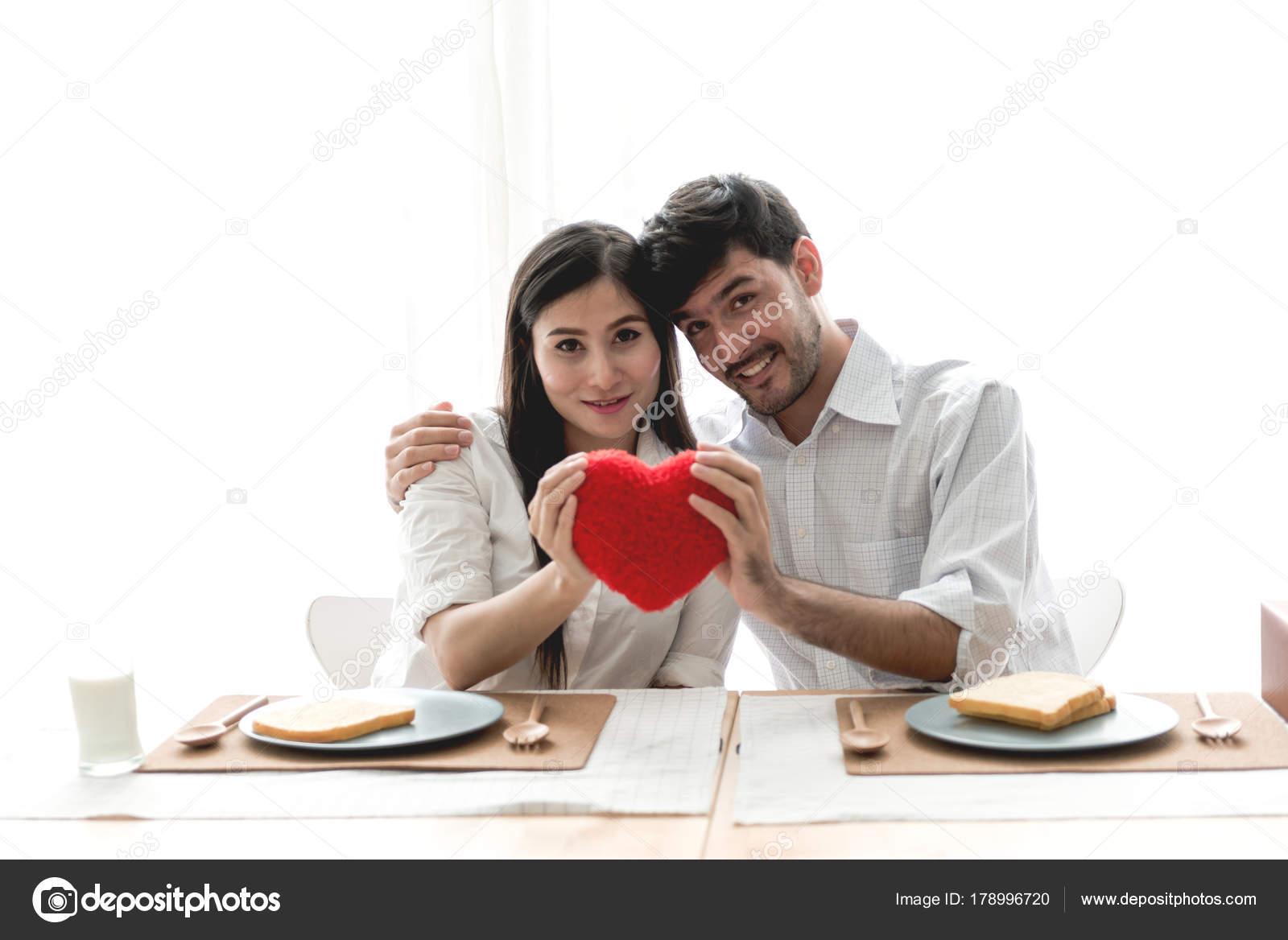 Ragazza di razza mista dating