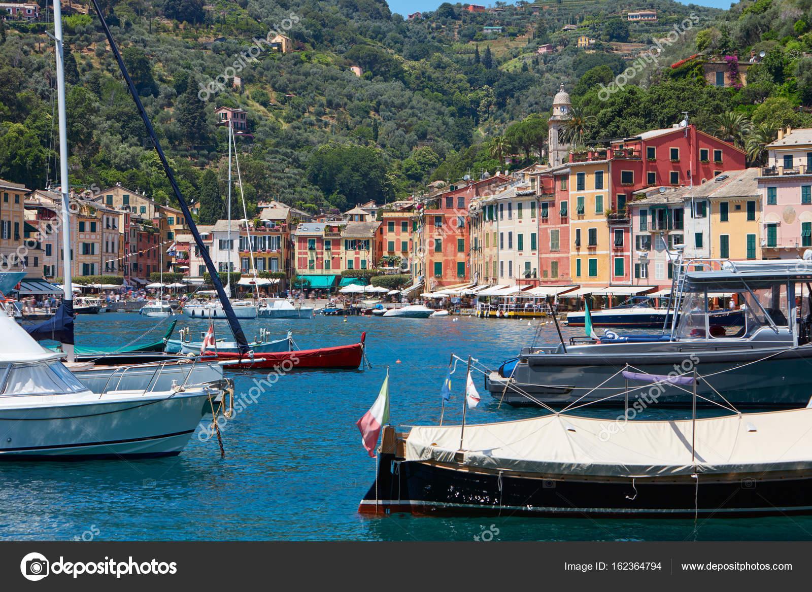 Häuser In Italien portofino typisch schönen hafen dorf mit bunten häuser in italien