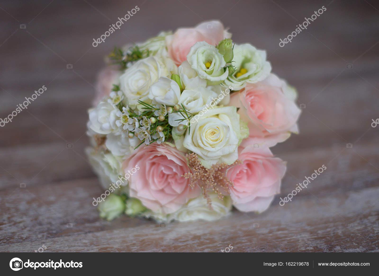 Imágenes Arreglos De Rosas Delicado Arreglo Floral Para
