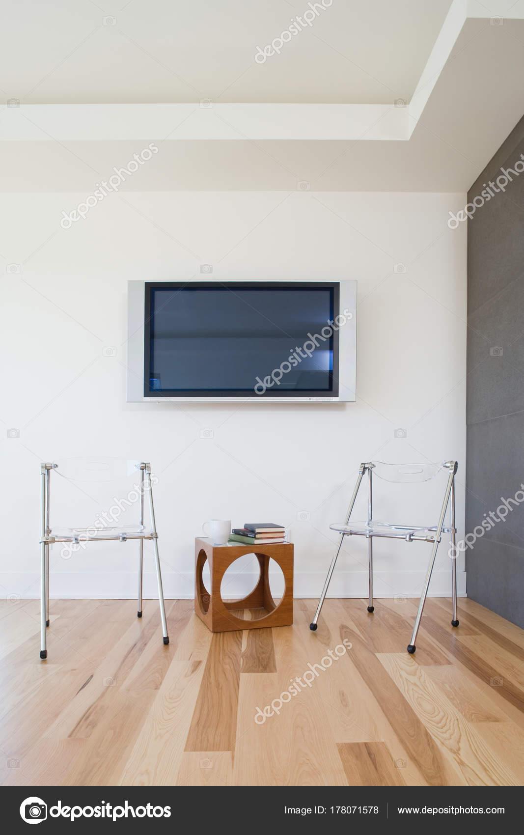Stühle Wohnzimmer Innendekoration — Stockfoto © ImageSource #178071578