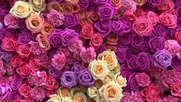 Sok természetes fényes rózsaszín virág. .