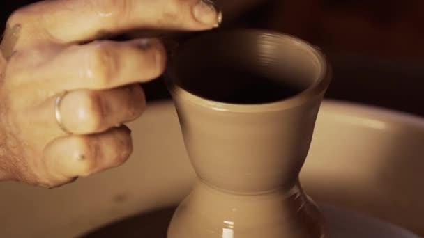Töpferei gemacht. Keramik. Hand gemacht