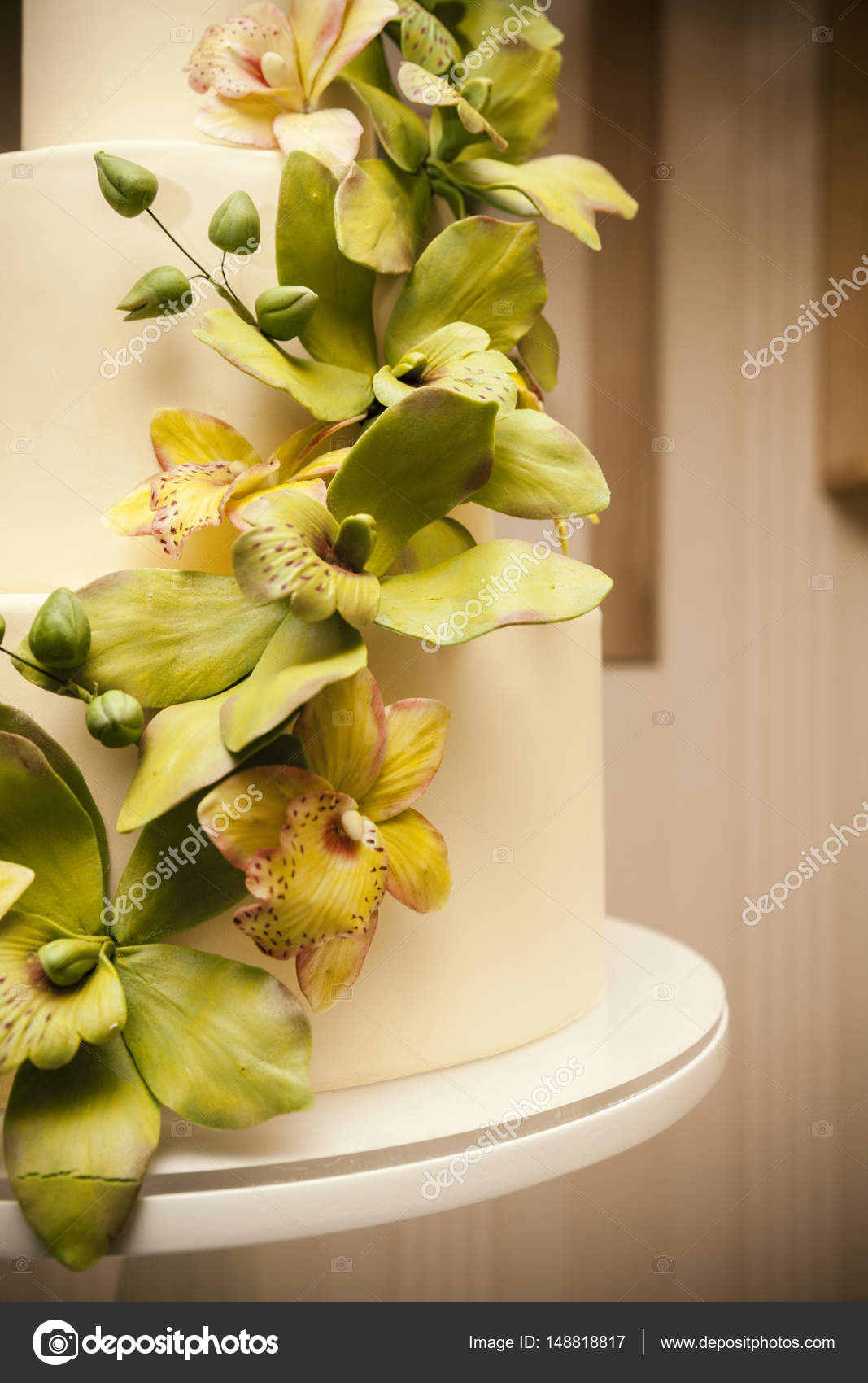 Wedding cake with orchids marzipan — Stock Photo © DJSrki #148818817