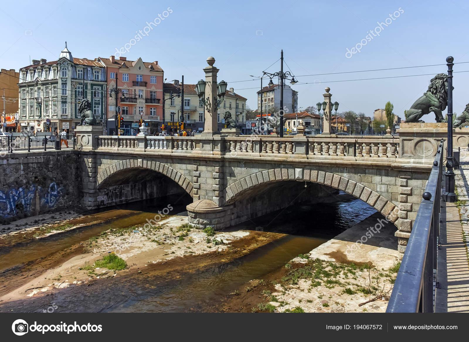 Sofia Bulgaria Aprile 2018 Vista Panoramica Del Ponte Del Leone