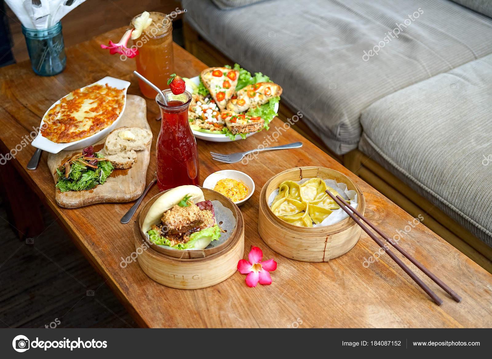 Französische Küche | Raclette Tartiflette Und Salat Chevre Chaud Franzosische Kuche Bao