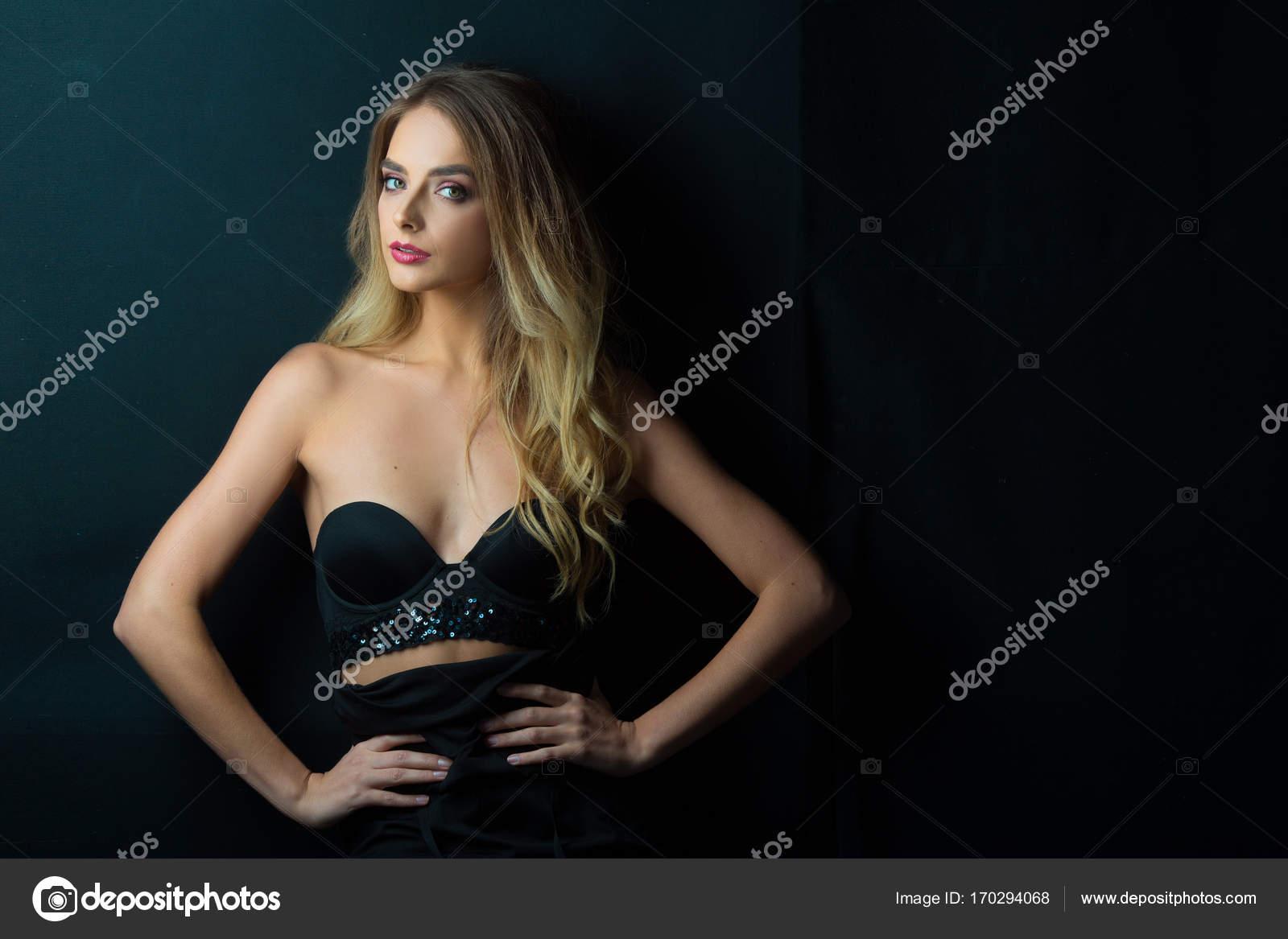 Красивые фото девушек в душе — 10