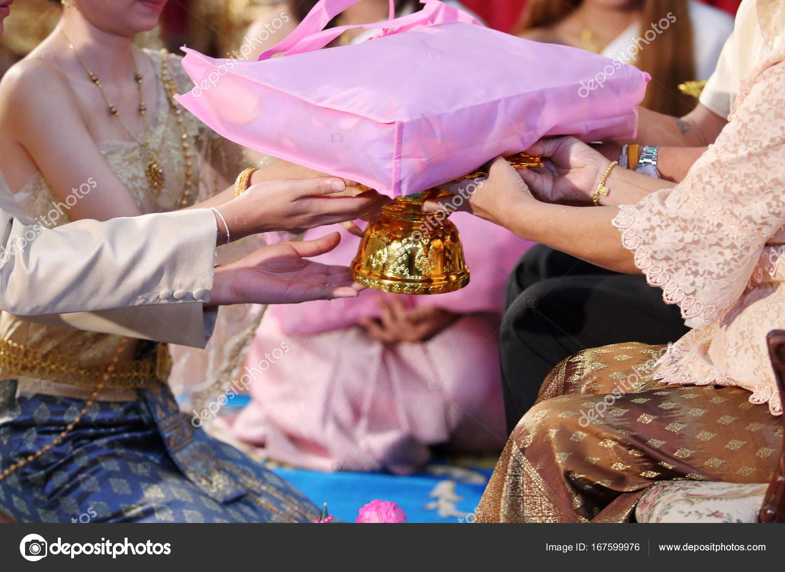 Chinesische Hochzeit Tee Zeremonie Braut Und Bräutigam