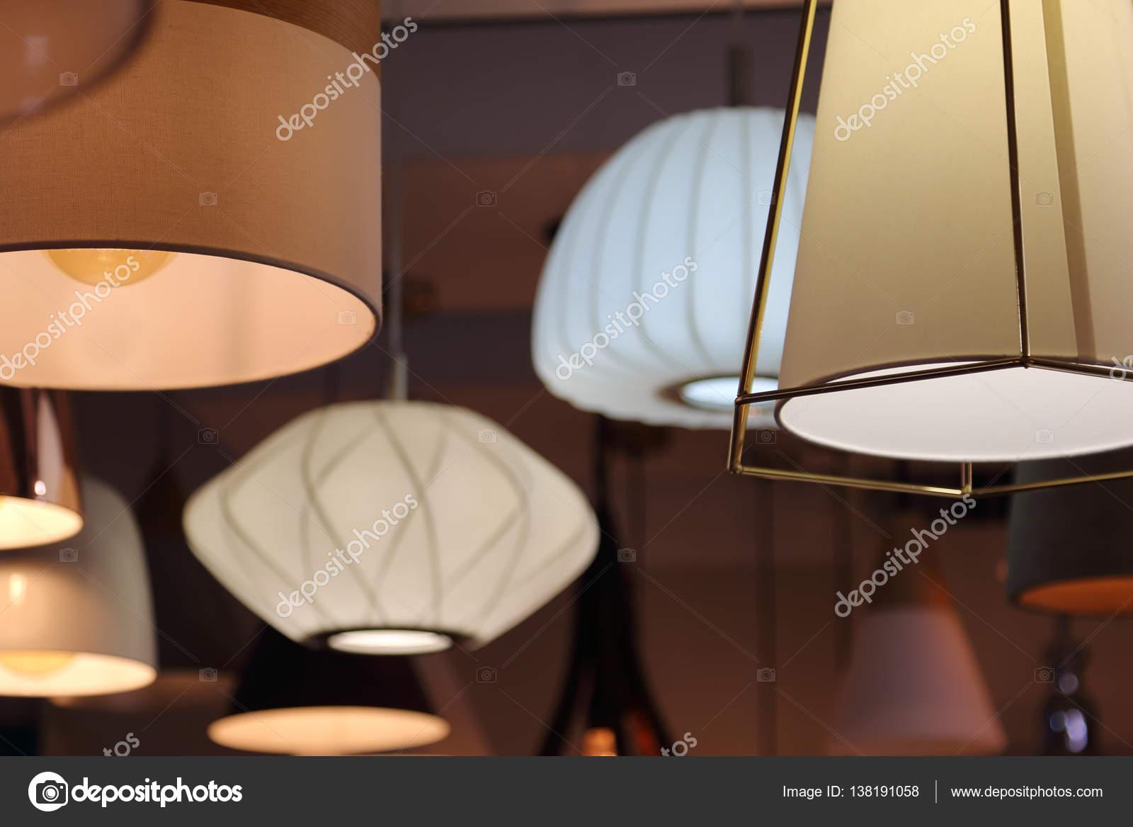 Lampade da soffitto moderne apparecchiature di illuminazione