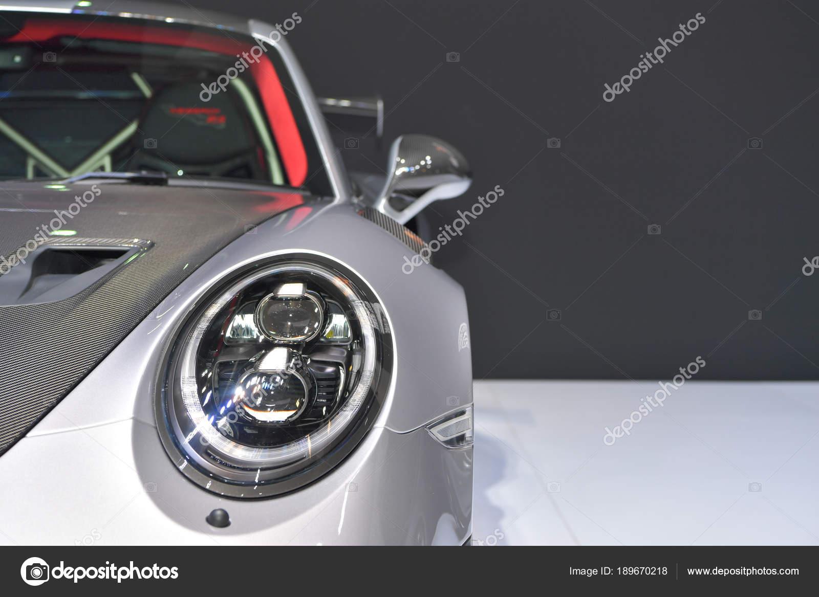 ポルシェ 911 gt2 rs 車 ストック編集用写真 chatchai 189670218