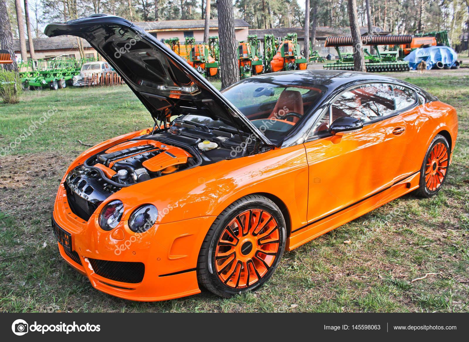 Kiev Ukraine April 20 2015 Bentley Continental Gt Mansory