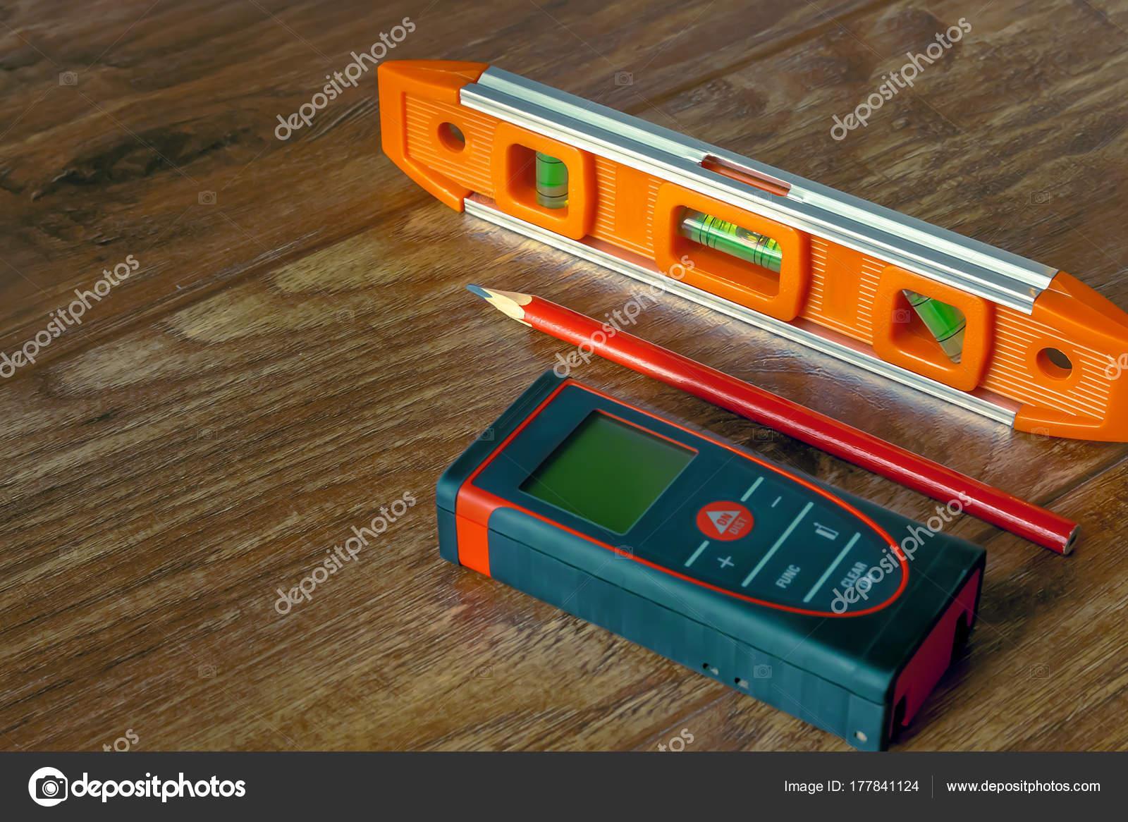 Laser Entfernungsmesser Selber Bauen : Optischen ebene laser entfernungsmesser und einem bleistift auf