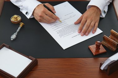 Notary public signing document