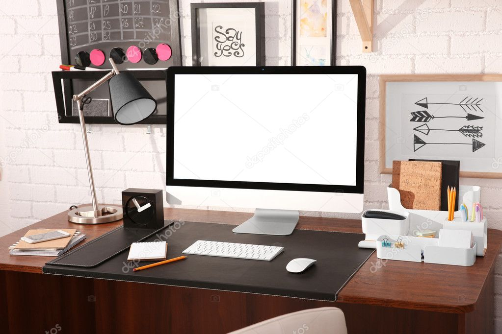 https://st3.depositphotos.com/1177973/12825/i/950/depositphotos_128258868-stock-photo-modern-workplace-with-computer-at.jpg