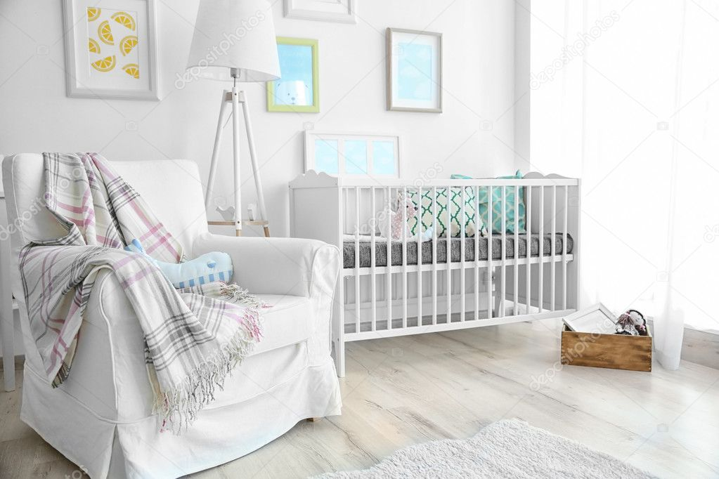 Interior de habitaci n de beb moderna foto de stock for Habitacion bebe moderna